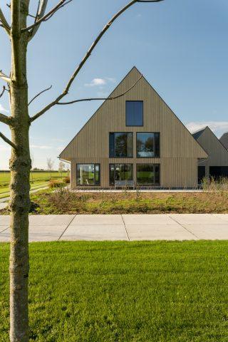 vrijstaand prefab houtskeletbouw Barentsz huis in landelijke omgeving